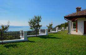 Luxury 4 bedroom houses for sale in Central Europe. Villa – Obalno-Cabinet, Slovenia