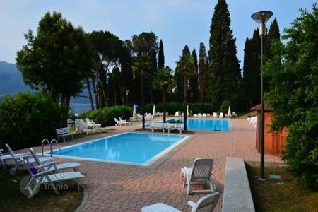 3 bedroom apartments by the sea for sale in Piedmont. Apartment – Oggebbio, Piedmont, Italy