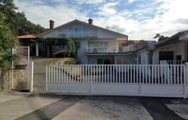 6 bedroom houses for sale in Central Europe. Detached house – Koper, Obalno-Cabinet, Slovenia