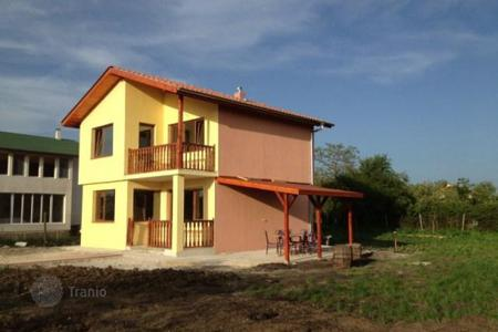 Cheap 2 bedroom houses for sale in Bulgaria. Detached house - Trastikovo, Burgas, Bulgaria