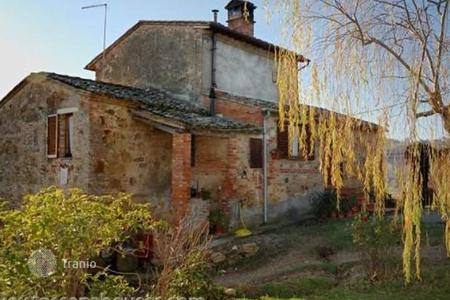 2 bedroom houses for sale in Montepulciano. Villa – Montepulciano, Tuscany, Italy
