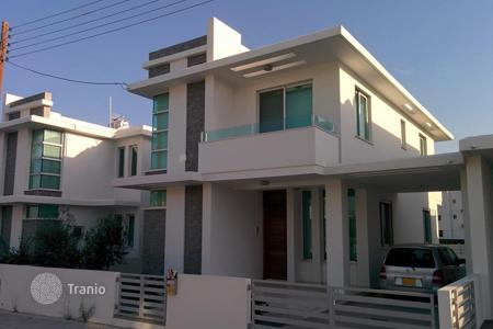 3 bedroom houses by the sea for sale in Livadia. New Three Bedroom Semi-Detached House