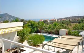 Coastal houses for sale in Voula. Villa – Voula, Attica, Greece