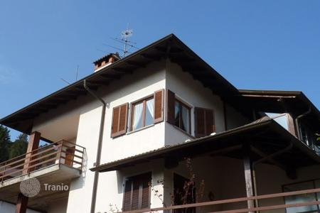2 bedroom apartments for sale in Piedmont. Apartment – Premeno, Piedmont, Italy