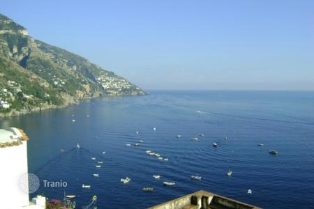 3 bedroom houses by the sea for sale in Italy. Villa – Positano, Campania, Italy