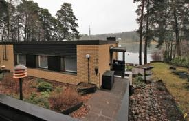 Houses for sale in Finland. Comfortable, furnished house with its own pier and coastline, Helsinki, Finland