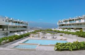New homes for sale in Canary Islands. New three-bedroom apartment with mountain views near the beach of La Tejita, Sotavento, Tenerife