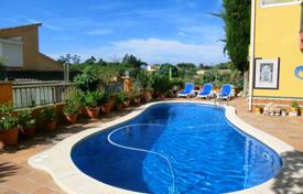 4 bedroom villas and houses to rent in Gerona (city). Villa – Gerona (city), Costa Brava, Spain