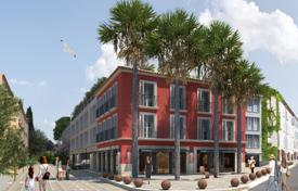 2 bedroom apartments for sale in Saint-Tropez. Two-bedroom apartment with a terrace, in a new residential complex in the popular area of Saint-Tropez, Côte d'Azur, France