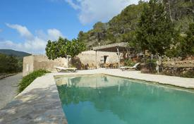 2 bedroom villas and houses to rent overseas. Detached house – Ibiza, Balearic Islands, Spain