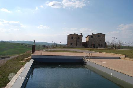 Luxury residential for sale in Asciano. Amazing farmhouse with pool in Asciano