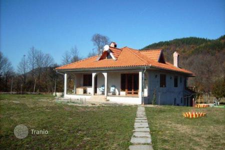 2 bedroom houses for sale in Bulgaria. Detached house – Lovech, Bulgaria