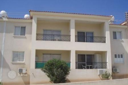 Cheap apartments with pools for sale in Chloraka. Apartment – Chloraka, Paphos, Cyprus