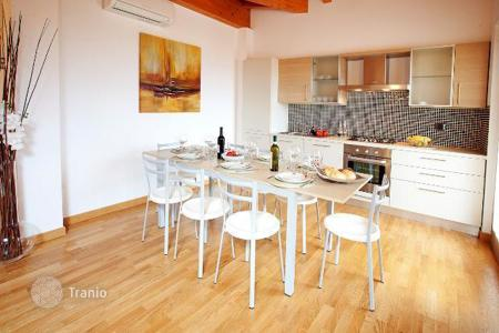 Residential for sale in Griante. Beautiful attic apartment with beautiful lake view