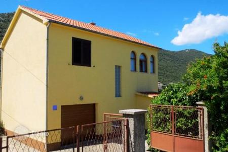 Property for sale in Dubrovnik Neretva County. Furnished two-storey house with a terrace, a garden and a parking near the beaches, Peljesac, Croatia