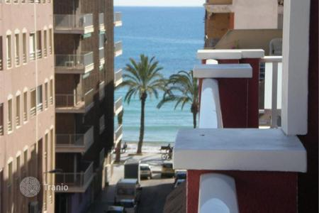 2 bedroom apartments by the sea for sale in Valencia. Apartment with sea view in Torrevieja