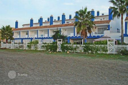 Townhouses for sale in Estepona. Town House for sale in El Saladillo, Estepona