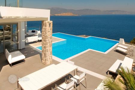 Luxury 5 bedroom houses for sale in Peloponnese. Elegant villa with a panoramic sea view, a garden and a swimming pool, at 100 m from the beach, Sofiko, Peloponnese, Greece