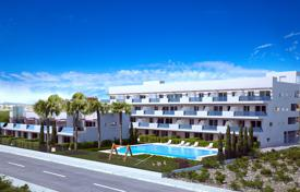 Cheap 3 bedroom apartments for sale overseas. 3 Bedroom south facing apartments with large terrace in Villamartin