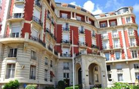 Residential for sale in Biarritz. Spacious apartment with panoramic views in Biarritz, Aquitaine, France