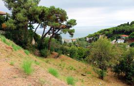 Cheap development land for sale in Catalonia. Plot with panoramic sea views