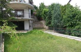 3 bedroom houses for sale in Hungary. Cozy house with a balcony and a garden, District XII, Budapest, Hungary