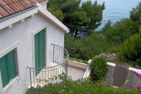 Coastal houses for sale in Omis. Mimice