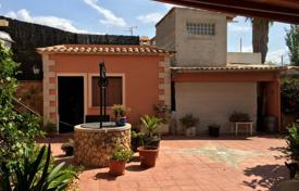 3 bedroom houses for sale in Balearic Islands. Villa with a terrace and a private well, Palma de Mallorca, Spain