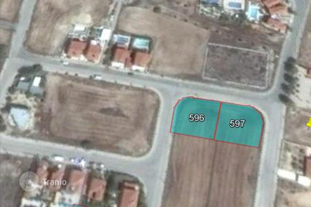 Cheap land for sale in Pyla. Building Plot