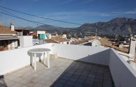 Cozy townhouse with a terrace and mountain views, Altea, Spain for 350,000 €