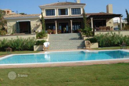 Luxury residential for sale in Torreguadiaro. House with fabulous views in Torreguadiaro