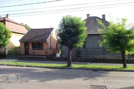 Property for sale in Komarom. Detached house – Komarom, Hungary