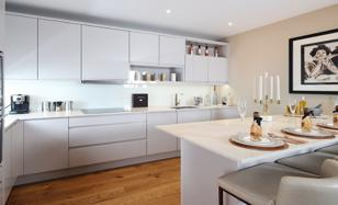 New one-bedroom apartment with a balcony in Edgware area, London, United Kingdom. Price on request