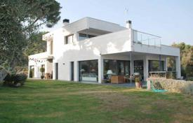 Property for sale in Costa del Maresme. Design house in Sant Andreu de Llavaneres, Costa Maresme