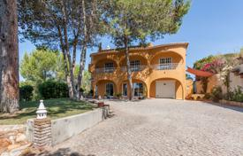 3 bedroom houses for sale in Faro. 7 Bedroom Villa with 2 Bedroom Cottage near Armação de Pêra, South West Central Algarve