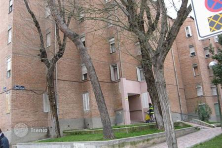 Bank repossessions property in Madrid. Apartment – San Lorenzo de El Escorial, Madrid, Spain