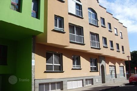 Foreclosed 3 bedroom apartments for sale in Canary Islands. Apartment – La Asomada, Canary Islands, Spain