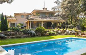 Luxury 5 bedroom houses for sale in Catalonia. Villa – Sant Andreu de Llavaneres, Catalonia, Spain