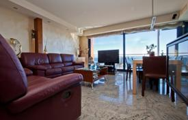 Property for sale in Palamós. Two-level apartment on the first line from the sea, Palamos, Spain