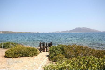 Luxury property for sale in Golfo Aranci. Detached house – Golfo Aranci, Sardinia, Italy