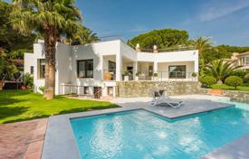 Luxury houses for sale in Costa del Sol. Stylish Modern Villa, Nueva Andalucia, Marbella