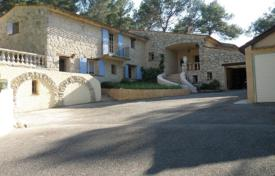Cheap 5 bedroom houses for sale in Provence - Alpes - Cote d'Azur. BASTIDE CLOSE TO GOLF