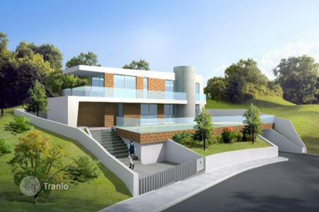 Luxury 5 bedroom houses for sale in Agios Tychon. Five Bedroom Detached Villa