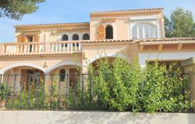 Cozy cottage with terraces, a garage and a garden, Son Ferrer, Spain for 550,000 €