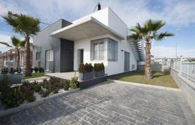 Cheap houses for sale in Ciudad Quesada. Detached house – Ciudad Quesada, Valencia, Spain