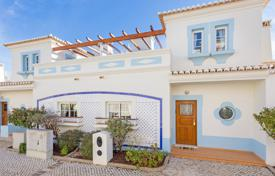Townhouses for sale in Faro. Bargain 2 bedroom 'turnkey' townhouse with golf course views, Budens, West Algarve