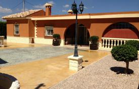 Houses with pools for sale in Aspe. Villa with a swimming pool and a garden, Aspe, Spain