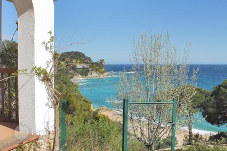 Luxury 5 bedroom houses for sale in Costa Brava. Villa - Tossa de Mar, Catalonia, Spain