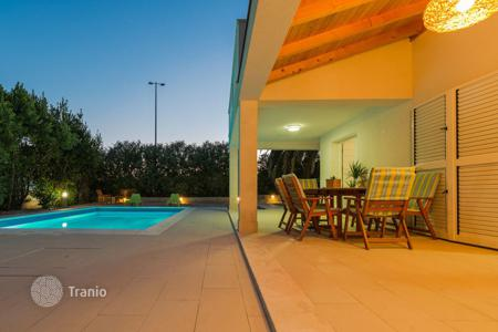 4 bedroom villas and houses to rent in Croatia. Villa – Orebic, Dubrovnik Neretva County, Croatia