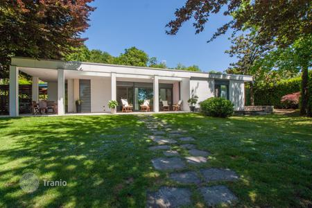 Houses with pools for sale in Lombardy. Villa – Varese, Lombardy, Italy
